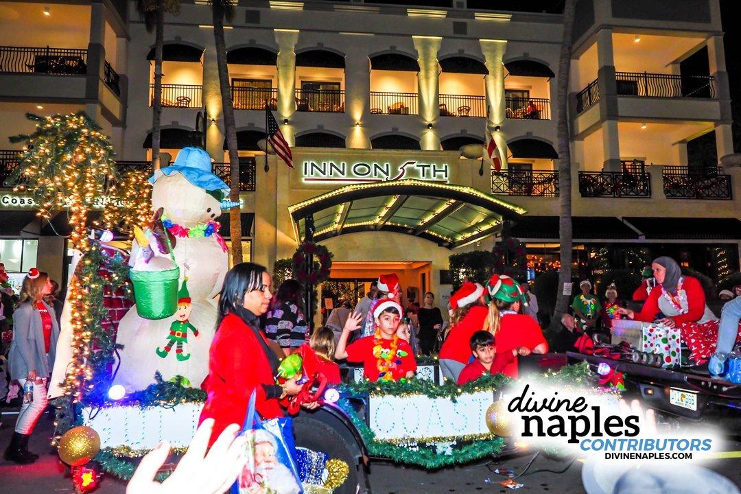 Naples Christmas Parade 2019.2017 Christmas Parade Naples Divine Naples Gallery