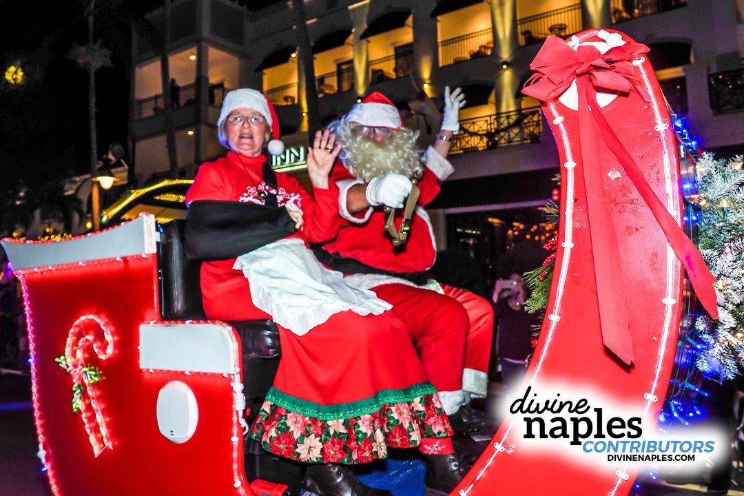 Naples Christmas Parade 2019.Parades Divine Naples Gallery